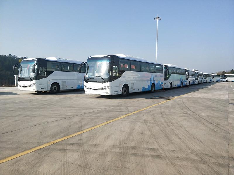 株洲至上海100台大巴车人驾